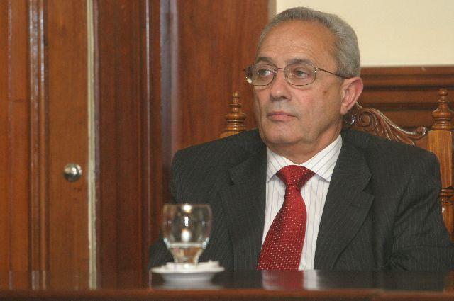 CARLOS GARCÍA ALLOCCO. Autor del voto.