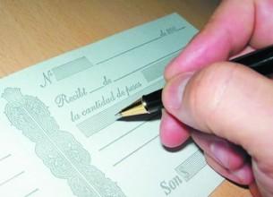 DE PUÑO Y LETRA. En el caso, la adulteración del pagaré no pudo ser demostrada.