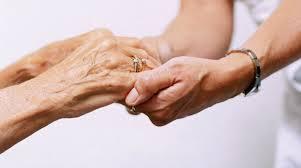manos ancianas