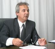 CONDUCCIÓN. El ex presidente del CPCE, José Simonella, encabeza la lista que ganó las elecciones.