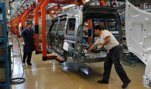 IMPACTO. La baja en el nivel de actividad en el sector metalmecánico tuvo consecuencias laborales.