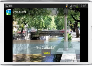 POSIBILIDADES. Permite reproducir audioguías y videguías con información de diez puntos turísticos.