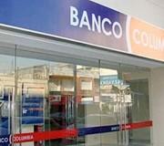 ESCENARIO. El banco insistió en su error administrativo y mantuvo como deudora a la accionante.