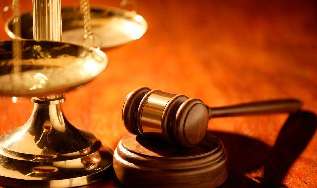 justicia-balanza-martillo