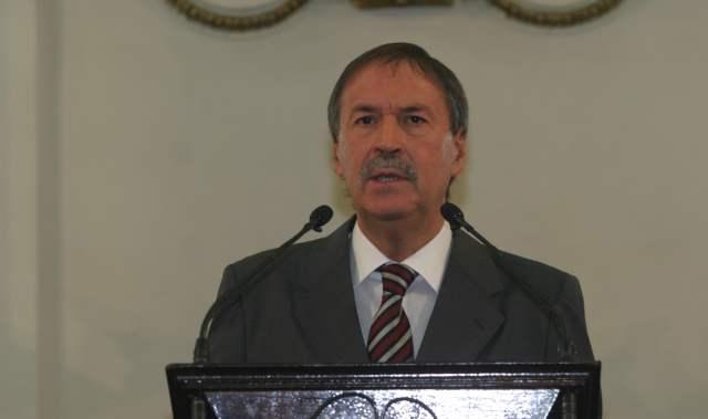 Schiaretti mantendrá en manos privadas gestión de cobro de impuestos
