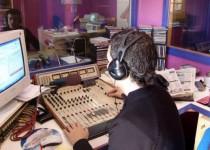 EN EL AIRE. El TSJ cordobés admitió la existencia de la relación laboral del radioperador.
