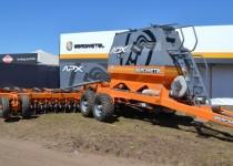 MÁS PERSONAL. Agrometal sumó 70 operarios y técnicos  para su planta de Monte Maíz. Hace unos meses lanzó modelos nuevos.