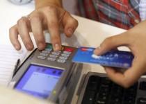 EN DÓLARES. En el primer trimestre del año el crédito con tarjeta en esa moneda creció 40%.