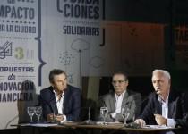 CLUB HOUSE  ESTRENADO.  Rubén Becaccece, Horario Parga y  Fernando Reyna, en conferencia.