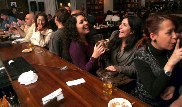 El Día del Amigo mejora  el clima de bares y restós