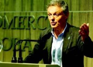 """""""En 15 minutos se puede constituir este tipo de sociedades"""", destacó el ministro de Producción, Francisco Cabrera."""