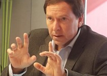 Alejandro Lanzaco, El gerente General de Consultores de Empresas.