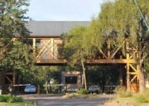 ESCENARIO. El club La Tablada sigue accionando judicialmente para cobrar las cuotas de mantenimiento de su club de campo El Bosque.