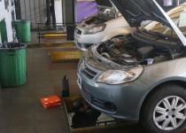 auto mecánico reparacion