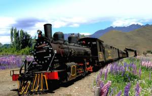 ÍCONO. La Trochita es una de las postales más reconocidas de la Patagonia argentina.