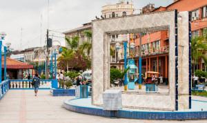 AMAZONIA. El pintoresquismo de una zona que combina el atractivo de la ciudad con la naturaleza.